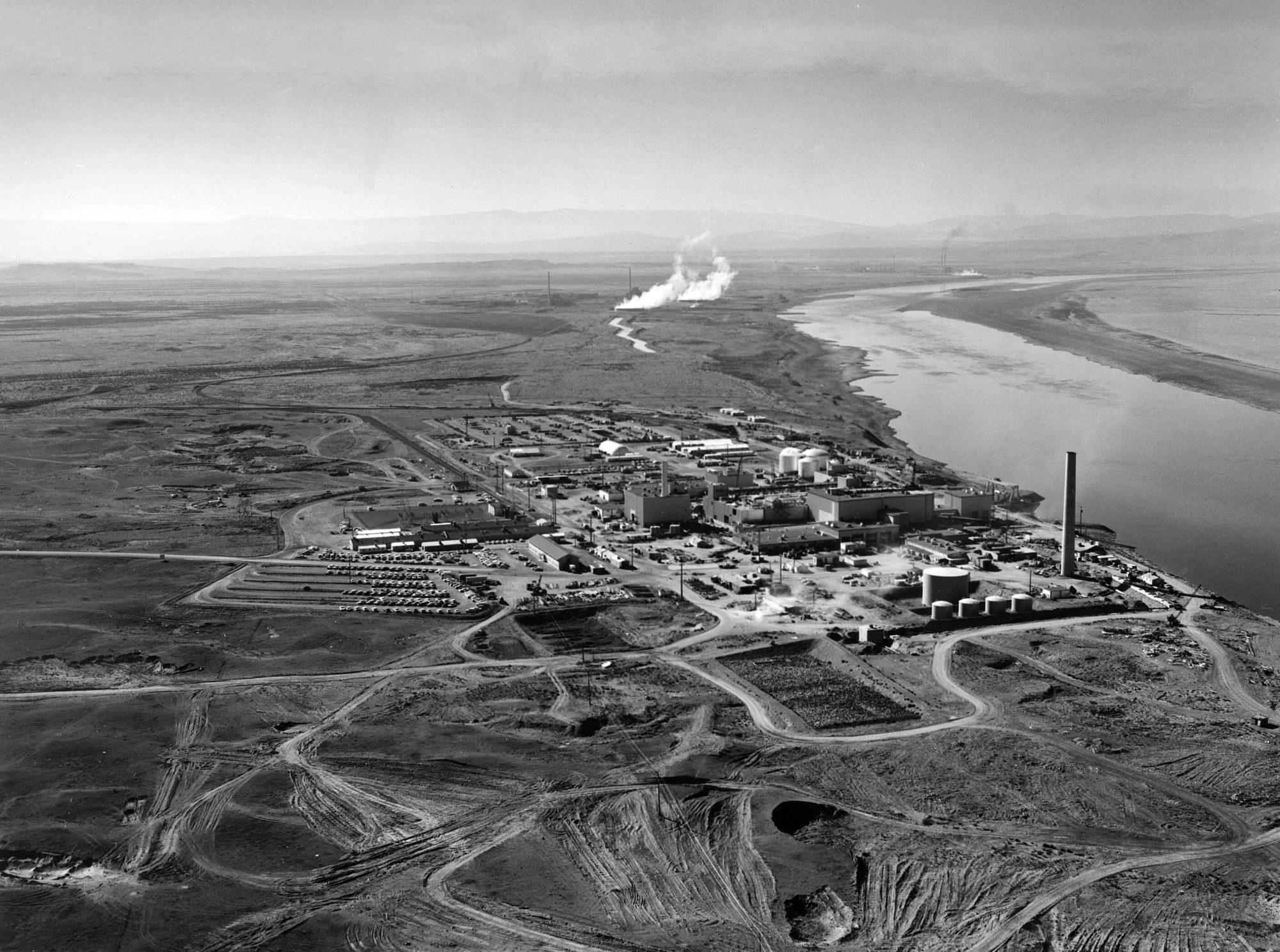 Hanford N Reactor adjusted